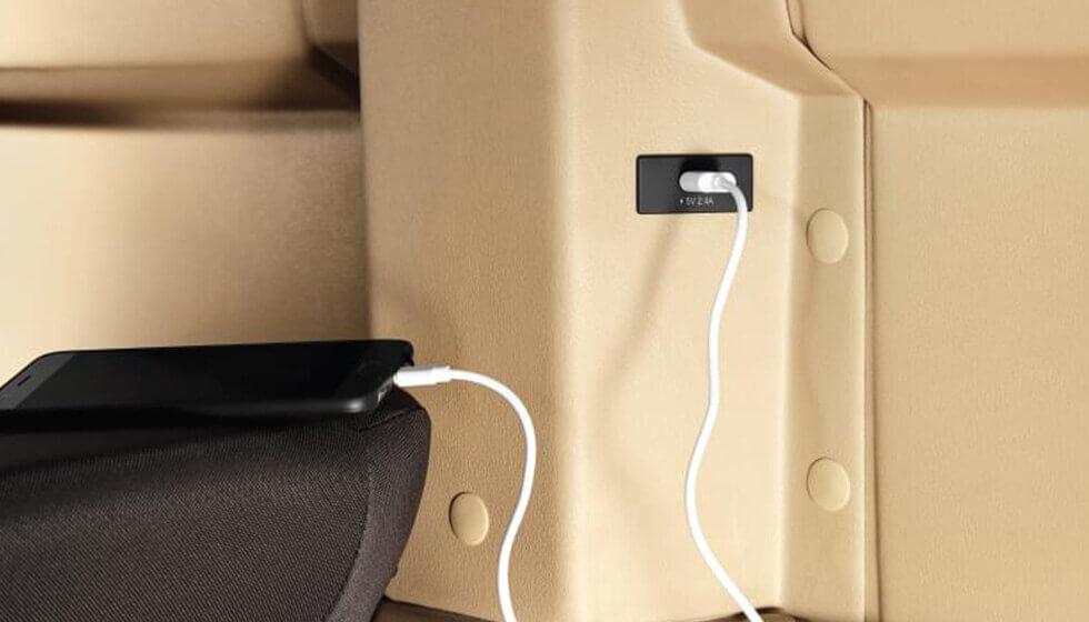Tata Winger 12S seater Van Charging Feature