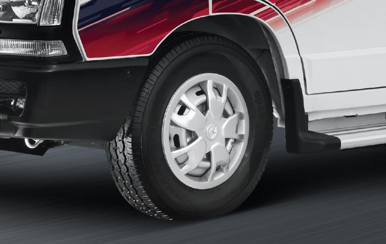 Tata Winger Staff 15d front wheel